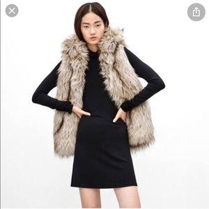 Faux fur vest Aritzia